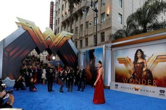 Cast member Gal Gadot poses at the premiere of 'Wonder Woman' in Los Angeles on 25 May. Photo: Reuters