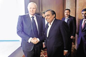 BP's group CEO Bob Dudley (left) and RIL chairman Mukesh Ambani in New Delhi on Thursday. Photo: Reuters