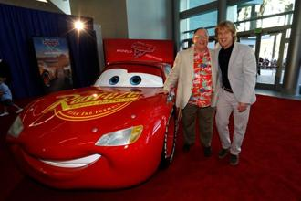 "John Lasseter (left), chief creative officer of Pixar, and cast member Owen Wilson pose at the premiere of ""Cars 3"" in Anaheim, California on 10 June. Photo: Reuters"