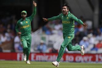 Mohammad Amir's 3-16 in the final helped Pakistan win. Photo: AP