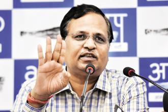 AAP's Satyendar Jain has been accused of laundering money to the tune of Rs4.63 crore. Photo: HT
