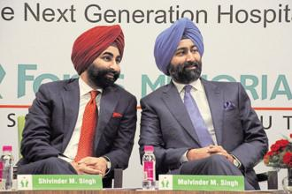 Singh brothers Malvinder Singh and Shivinder Singh. The Delhi HC order on Fortis Healthcare stake sale was passed to afford protection to Daiichi Sankyo in terms of ready realizable value of assets at a later stage. Photo: HT
