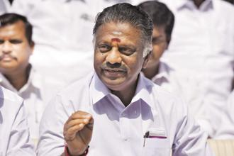 Former CM O. Panneerselvam backed Ram Nath Kovind for Presidential polls after Tamil Nadu CM Palaniswami too came out in support of the NDA candidate. Photo: Hindustan Times