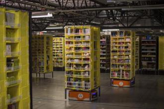 File photo of Amazon robots transporting goods at an Amazon Fulfilment Center in Tracy, California. Photo: Reuters