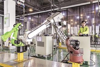 The paradox of automation says the more efficient the automated systems, the more critical is the human contribution. Photo: Bloomberg