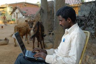 The IAMAI-IMRB report said that urban India has close to 60% Internet penetration, but the penetration in rural India is 17%, which indicates the vast potential for growth. Photo: Hemant Mishra/Mint