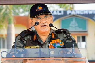Bipin Rawat will also visit forward areas along the LoC in Rajouri-Poonch belt where he will review the security situation in the wake of recent heavy shelling by the Pakistani army. Photo: HT