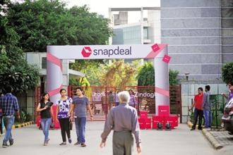 All high-profile stakeholders of Gurgaon-based online marketplace Snapdeal have reportedly given in-principle approval to its merger with rival Flipkart. Photo: Mint