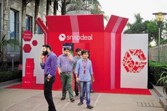 Snapdeal's largest investor SoftBank was also in talks to buy shares worth $1.5 billion in Flipkart. SoftBank had planned to invest $500-700 million in Flipkart and buy shares worth $1 billion from Tiger Global Management. Photo: Pradeep Gaur/Mint