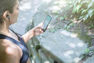 Apps such as Apptiv (Android and iOS) offer workout programs for users who don't have a gym in their neighbourhood.