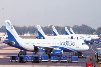 IndiGo operated by InterGlobe Aviation Ltd, was forced to ground as many nine new A320neo jets on some days due to the faulty engines provided by Pratt & Whitney. Photo: Ramesh Pathania/Mint
