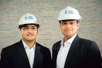 Carbon Clean Solutions founders CTO Prateek Bumb (left) and CEO Aniruddha Sharma.