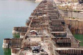 A file photo of the construction of the Sardar Sarovar Dam across the Narmada river in Gujarat. Photo: Sam Pathaky/AFP
