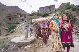 Children in Hunderman village along the Line of Control in Kargil, Jammu and Kashmir. Photos: Priyanka Parashar/Mint