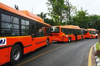 The combined strength of around 5,600 buses manages to cover nearly 75% of the identified routes in the city. Photo: HT