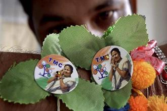 The Trinamool Congress has made a clean sweep in three municipal bodies—Haldia, Durgapur and Cooper's Camp Notified Area—in the West Bengal civic polls. Photo: PTI