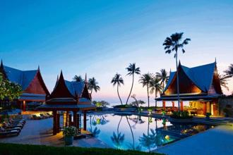 The pool at Chiva-Som offers stunning views of the Gulf of Thailand. Courtesy Chiva-Som International Health Resort