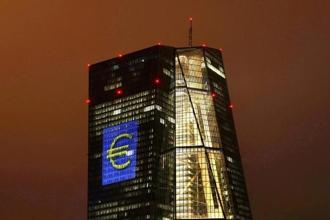 The ECB kept rates at record lows, confirmed that asset purchases would continue at 60 billion euros per month at least until December. Photo: Reuters