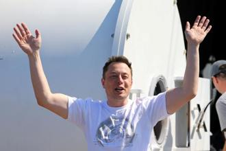Elon Musk has said that there is little logic to merging Tesla and SpaceX. Photo: Reuters