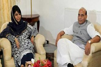 Union home minister Rajnath Singh during a meeting with Jammu and Kashmir chief minister Mehbooba Mufti in Srinagar. Photo: PTI