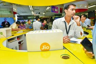 Pre-booking of the Reliance JioPhone started on 24 August against payment of a refundable deposit of Rs500. The remainder Rs1,000 has to be paid by the customer when the company starts delivering the handsets. Photo: Mint