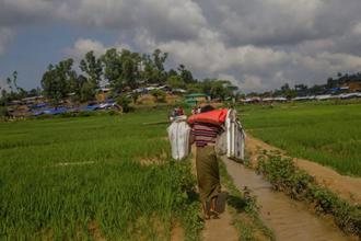 In the past two weeks there have been up to 20,000 people a day entering Bangladesh. The UN says 429,000 Rohingya have sought refuge in Bangladesh since attacks by Rohingya militants in Rakhine on 25 August sparked a major Myanmar military crackdown. Photo: AP