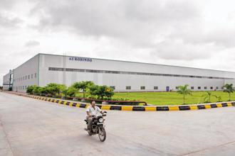 Aurobindo Pharma's strength comes from the fact that it makes many of the component chemicals used to manufacture finished drugs, rather than buying those pharmaceutical ingredients from other companies. Photo: Bloomberg