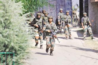 Army soldiers at the BSF camp near Srinagar airport following the militant attack on Tuesday. Photo: Waseem Andrabi/HT