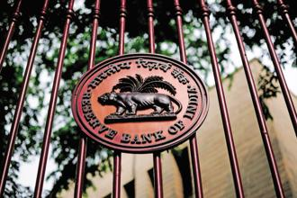 RBI says shoddy GST implementation may further delay investments in the economy, which is facing hurdles due to over-leveraged companies and banks burdened with bad loans. Photo: Pradeep Gaur/Mint