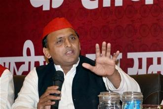 Samajwadi Party president Akhilesh Yadav addresses a press conference in Agra on Wednesday, on the eve of the party's national convention. Photo: PTI
