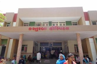 About 400 patients from Jhagadia and nearby villages receive medical treatment daily in SEWA Rural-run hospital's out-patient department. Every year, about 125,000 out-patients and 20,000 in-patients are treated at the facility, which delivers around 5,400 babies and performs 7,500 surgeries.