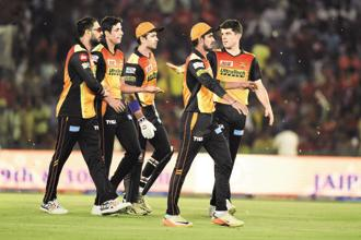 A file photo of Sunrisers Hyderabad players during an IPL game. This year, Jio had bid aggressively for the internet and mobile rights to the IPL, offering Rs3,075.72 crore. Photo: HT