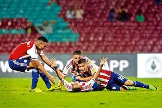 The Paraguay Under-17 World Cup team celebrates after a goal against Mali on Friday. Photo: Rajanish Kakade