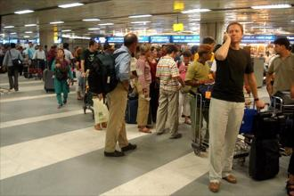 CAPA notes that airports at Mumbai, Chennai, Delhi and Kolkata will reach their maximum capacity in the next one to five years. Photo: Hindustan Times