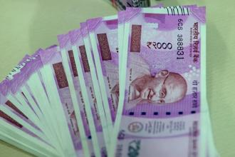 India's benchmark 10-year bond yield climbed to as high as 6.79% this month from as low as 6.40% on 24 July. Photo: Mint