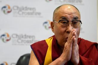 Visits by the Dalai Lama to foreign countries infuriate China, and fewer and fewer national leaders are willing to meet him. Photo: Reuters