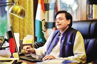 Shashi Tharoor said people are also more willing to see the Congress as a viable alternative to the BJP. Photo: Pradeep Gaur/Mint