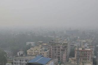 "Air quality in Delhi-NCR has been at the season's worst for the last couple of days as a combined effect of smoke from stubble burning and moisture turned the region into a ""gas chamber"" leaving people gasping. Photo: PTI"