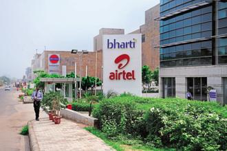 As of end-September, Nettle Infrastructure Investments owned 7.7% of Bharti Infratel, while Bharti Airtel owned 50.3% of the tower operator. Photo: Mint