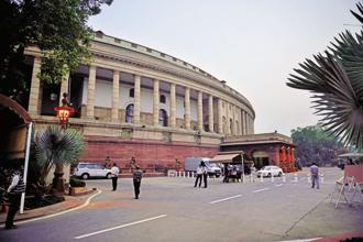 Last year, the month-long winter session of Parliament commenced on 16 November and ended on 16 December, with 22 sittings of both Lok Sabha and Rajya Sabha. Photo: Pradeep Gaur/Mint