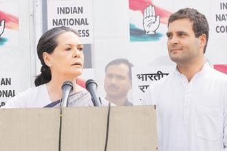 A file photo of Congress president Sonia Gandhi (left) and vice president Rahul Gandhi. Photo: Priyanka Parashar/Mint