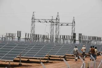The first two solar parks under the World Bank's Shared Infrastructure for Solar Parks Project are in Rewa and Mandsaur districts of Madhya Pradesh, with targeted installed capacities of 750 MW and 250 MW respectively. Photo: Mint