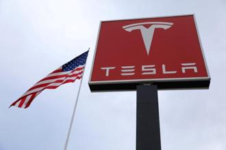 Few Tesla watchers expect the cash burn to continue at quite such a breakneck pace, and the company itself says it's ramping up output of its all-important Model 3, which will bring money in the door. Photo: Reuters