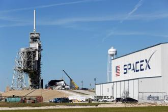 In May, SpaceX launched its first satellite for the US military with its Falcon 9 rocket, breaking a 10-year monopoly held by a partnership of Lockheed Martin and Boeing. Photo: