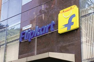 The Flipkart-SoftBank deal has transformed Flipkart's ability to compete with Amazon India, giving it a backer that can pump in whatever cash is needed to keep the US e-commerce firm at bay. Photo: Hemant Mishra/Mint