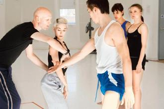 Wayne McGregor (left). Photo: Ravi Deepres