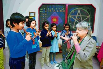 Ute-Charlott Meuser with children at Ukti—The Delhi Waldorf School in Noida. Photo: Pradeep Gaur/Mint