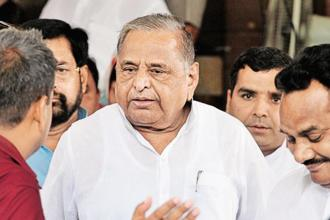 Mulayam Singh Yadav said positive politics has virtually vanished, and 'politics of mud-slinging' has become a common phenomena. Photo: Hindustan Times