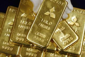 Gold is sensitive to rising US interest rates, as these increase the opportunity cost of holding non-yielding bullion and boost the dollar, in which it is priced. Photo: Reuters