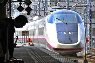 File photo.The train stopped for checks at Nagoya station in central Japan and inspectors discovered a crack in the chassis under one carriage as well as an oil leak. Photo: AFP